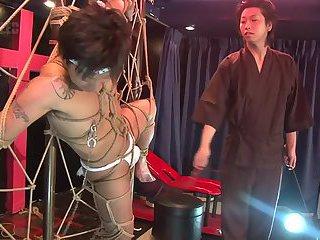 bound jap cum in live show