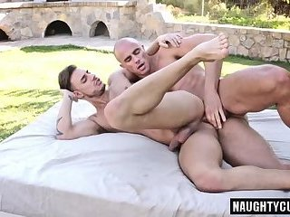 Big dick gay outdoor and cum swap